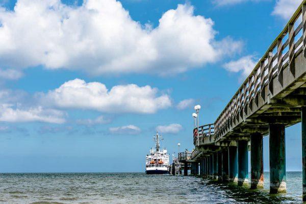 anreise-mit-dem-schiff-auf-die-insel-ruegen-yogareisen