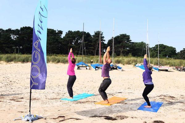 yogaeinheit-am-fischerstrand-ostseebad-baabe-insel-ruegen