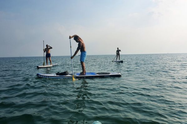 stand-up-paddling-an-der-ostsee-auf-ruegen